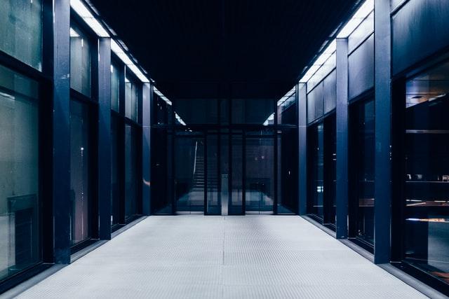 サーバー、データセンター