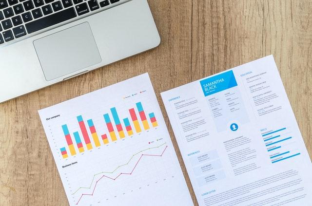 データ整備、レポート